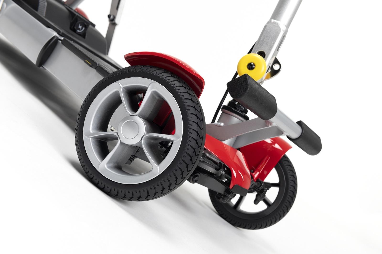 Alya-Red-Detail-front-wheel